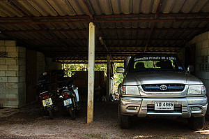 Garage with car and motocycles at PKWS. Photo: Oliver Schülke