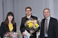 Winner of the DPZ Sponsorship Award 2014, Dr. Lydia Luncz and Dr. Stefan Schaffelhofer together with Prof. Dr. Thomas F. Schulz, Chair of the Scientific Advisory Board of the DPZ. Photo: Karin Tilch