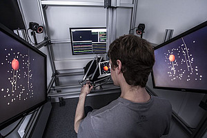 Setup in the 3D-psychophysics of the cognitive neuroscience lab. Photo: Thomas Steuer